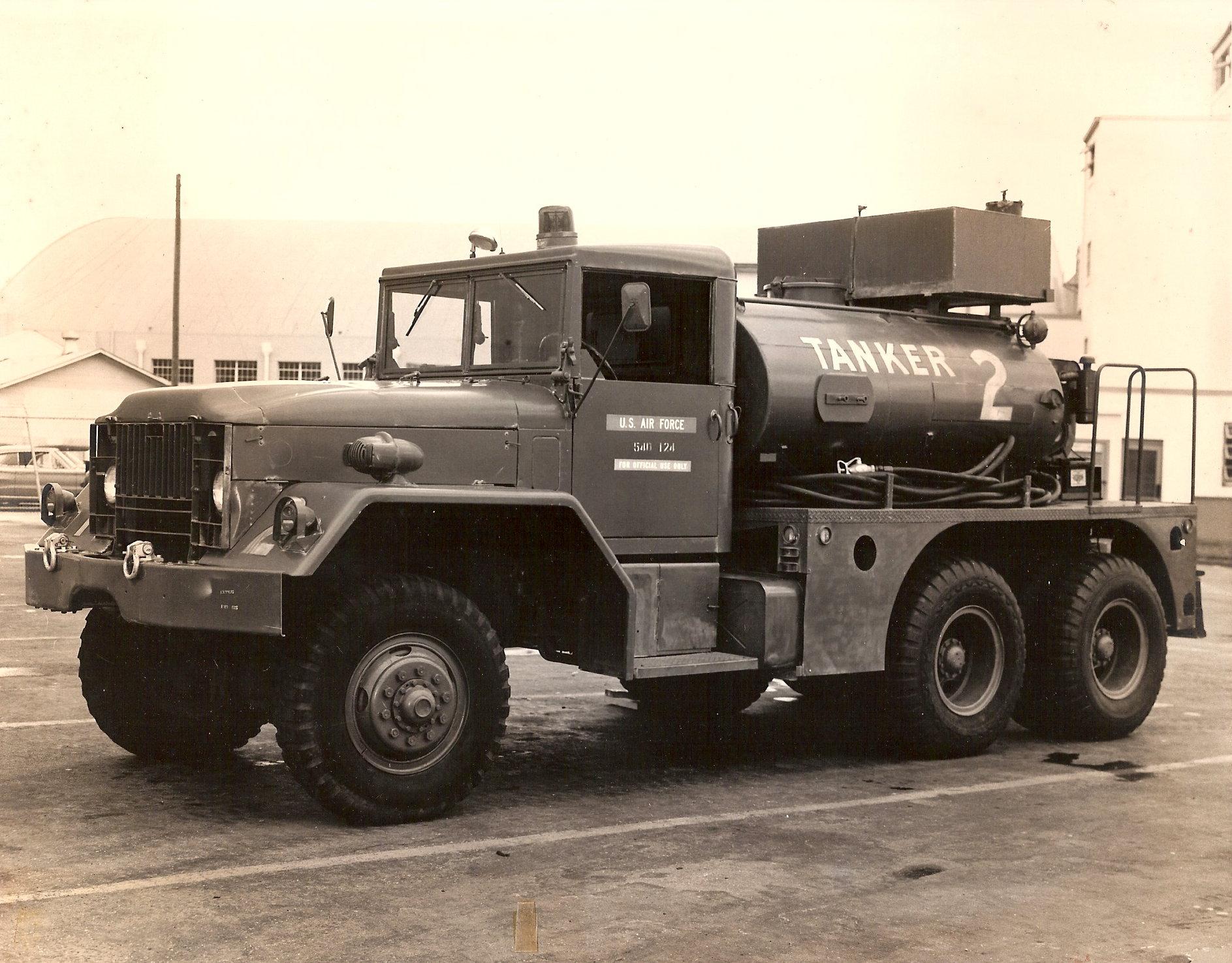 A 011 a crash fire truck at chanute afb 1968 fire trucks crash pinterest fire trucks fire apparatus and engine